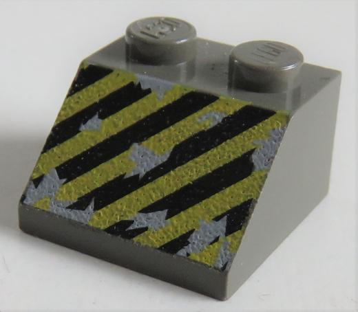 LEGO - Dachstein / Slope 45 2 x 2 bedruckt mit gelb / schwarzen Streifen, dunkelgrau # 3039px16