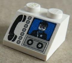 LEGO - Dachstein / Slope 45  2 x 2 bedruckt Telefon / Polizei, weiß # 3039px14
