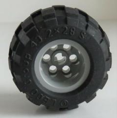 2 x LEGO Technic- Reifen/Tire 43.2 x 28 klein mit Felge, hell blaugrau # 6580c01